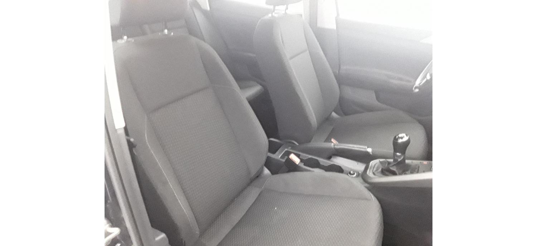 Volkswagen Polo Confortline 1.0 75cv