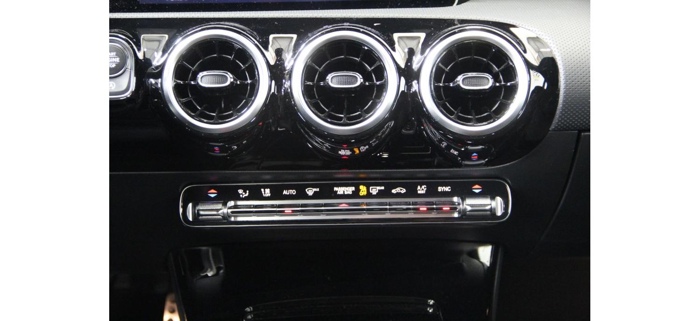 Mercedes Classe A 180d AMG Line 1.5 116cv Auto